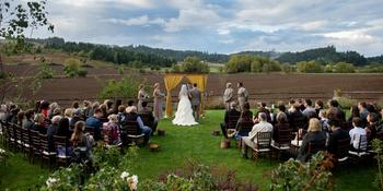 Laurel Ridge Winery weddings in Carlton OR