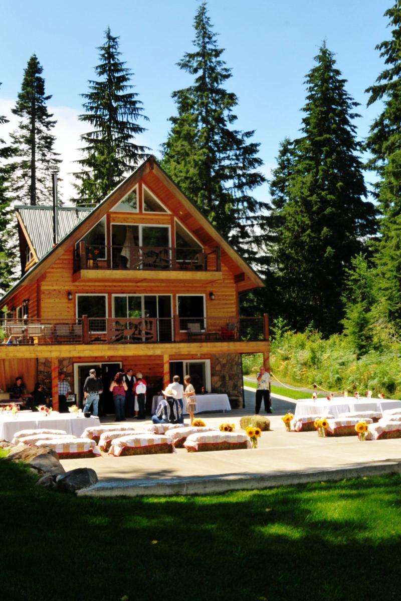 Nisqually Winds Mountain House Weddings