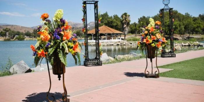 Lakeside Community Center Weddings | Get Prices for ...