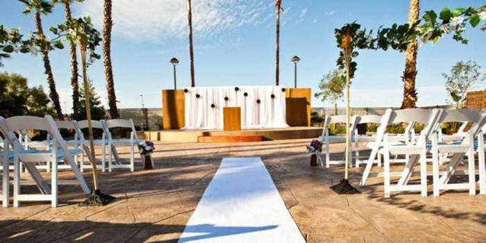 Tahiti village weddings get prices for wedding venues in nv for Wedding venues in las vegas nv