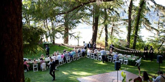 Lakecliff Bed and Breakfast wedding venue picture 5 of 16 - Photo by: Jude Rush Wedding Photography