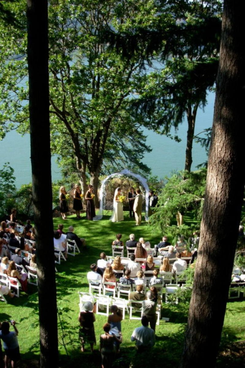 Lakecliff Bed and Breakfast wedding venue picture 6 of 16 - Provided by: Lakecliff Bed and Breakfast