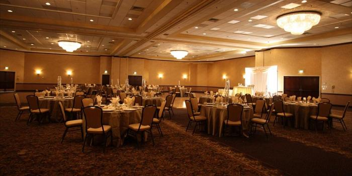 Embassy Suites Portland Washington Square Weddings Get Prices For