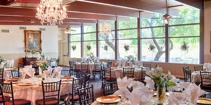 Magnolia Gardens On Main Weddings Get Prices For Wedding