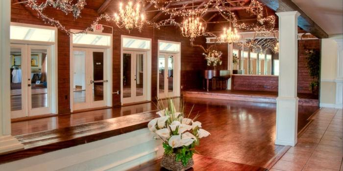 Magnolia Gardens On Main Weddings | Get Prices For Wedding Venues