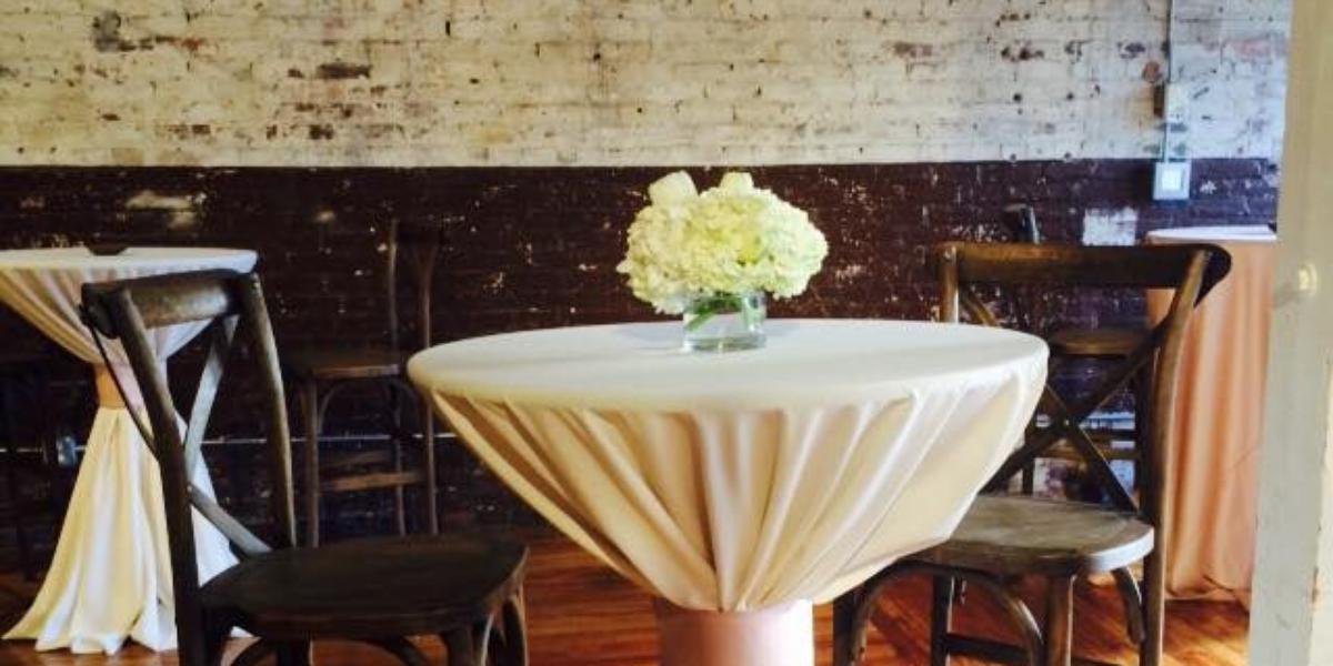 Raleigh Nc Outdoor Wedding Venue: The Stockroom At 230 Weddings