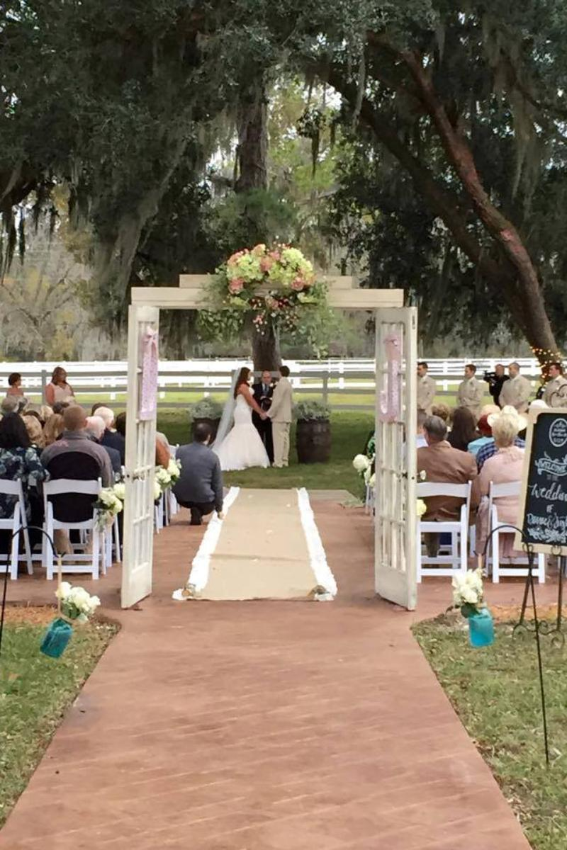 Plantation Oaks Farms Weddings | Get Prices for ...