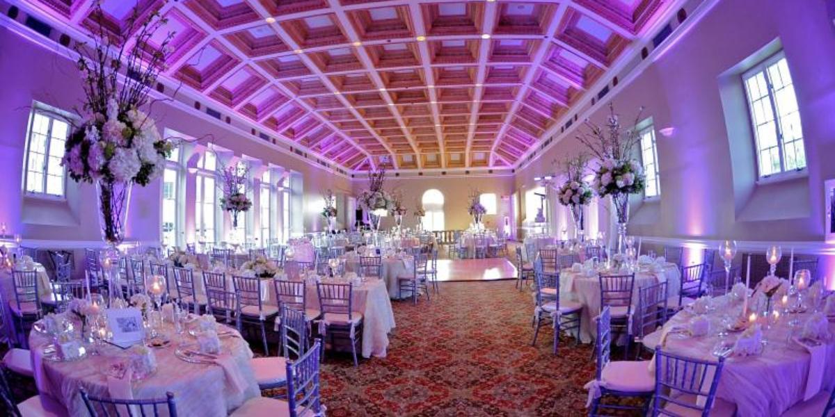 Douglas Entrance Weddings | Get Prices For Wedding Venues In FL