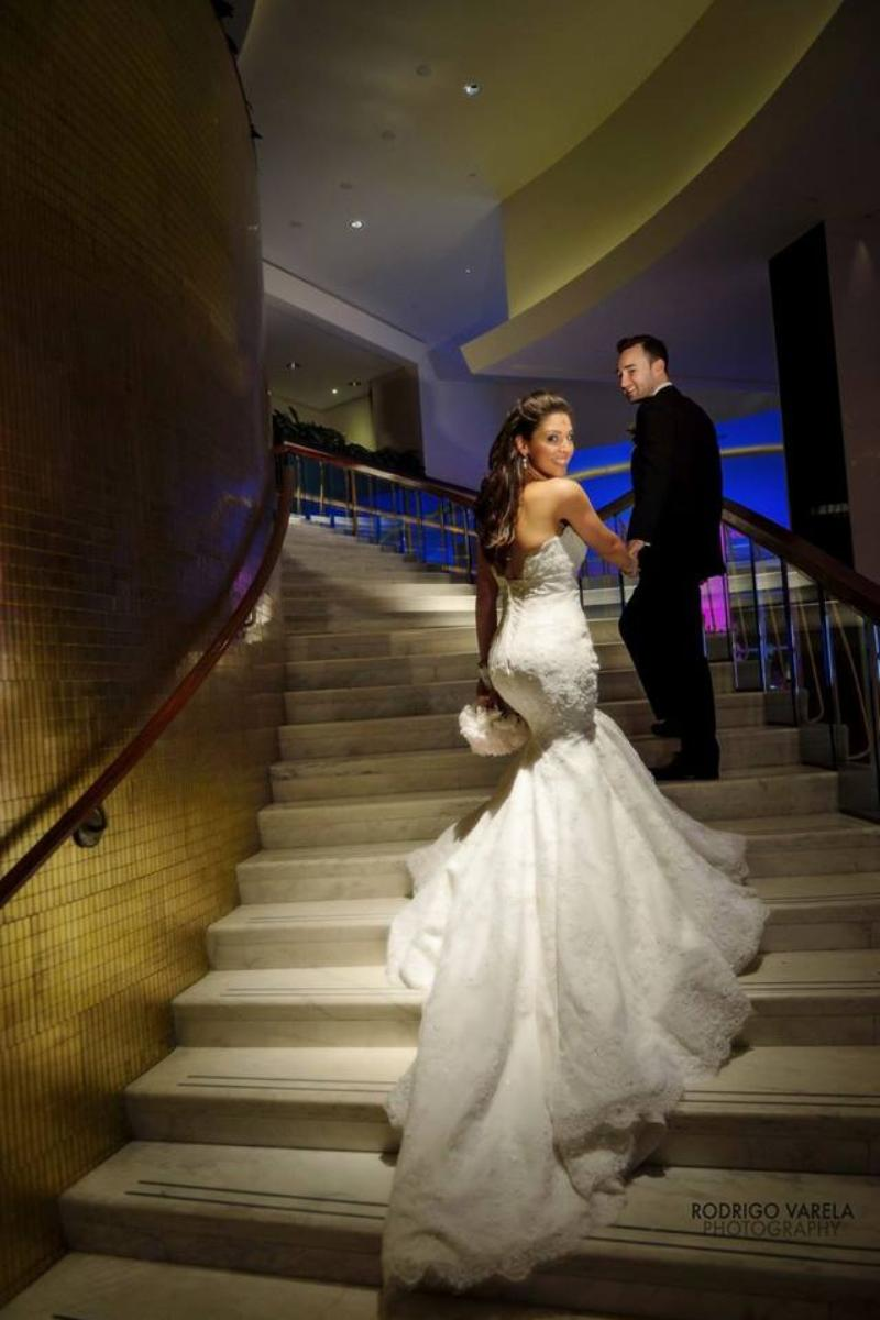 Fontainebleau Miami Beach wedding venue picture 9 of 16 - Photo by: Rodrigo Valera Photography