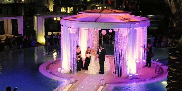 Fontainebleau Miami Beach wedding venue picture 8 of 16 - Photo by: UDS Photography
