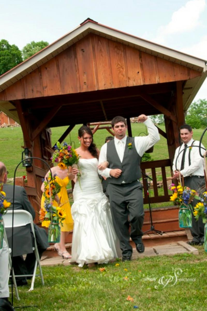 Laurel Rock Farm wedding venue picture 11 of 16 - Photo by: Simply Pictorial Photography