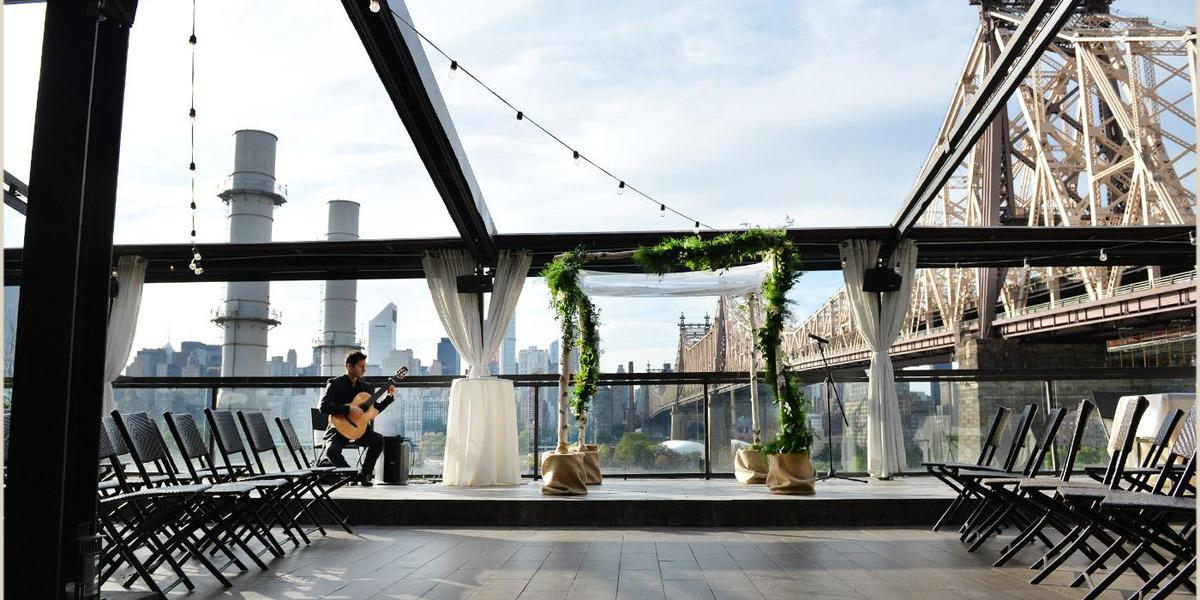 Penthouse808 rooftop at ravel hotel weddings for Outdoor wedding venues ny