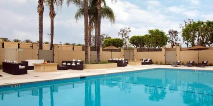 red lion hotel anaheim weddings get prices for wedding. Black Bedroom Furniture Sets. Home Design Ideas