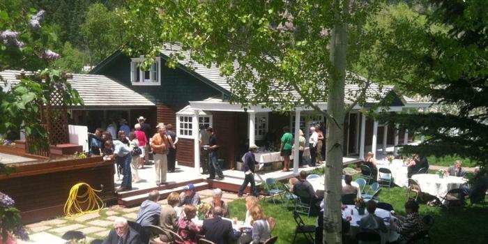 Secret garden bed breakfast weddings get prices for wedding venues for Secret garden colorado springs