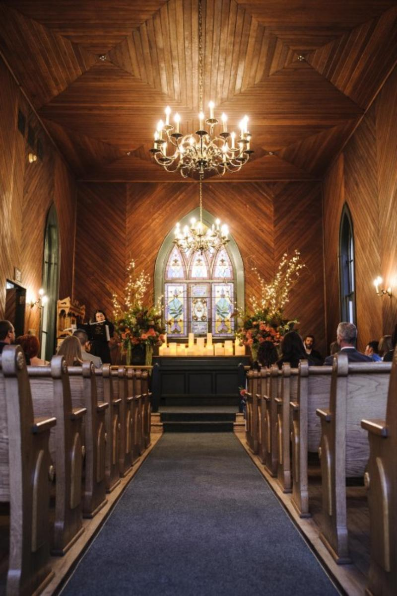 The Oaks Pioneer Church wedding venue picture 8 of 15 - Photo by: Eric Olson Photography