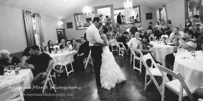Bella Via wedding venue picture 9 of 16 - Photo by: Angelina Marie Photography