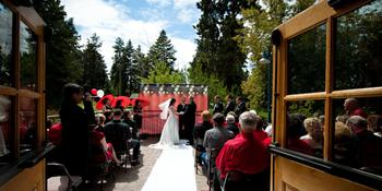 Hollinshead Barn weddings in Bend OR