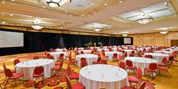 Denver Marriott South at Park Meadows weddings in Lone Tree CO