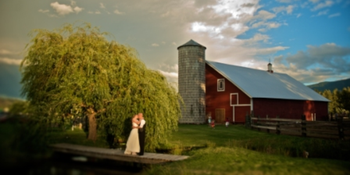 Ritter Farms weddings in Cle Elum WA