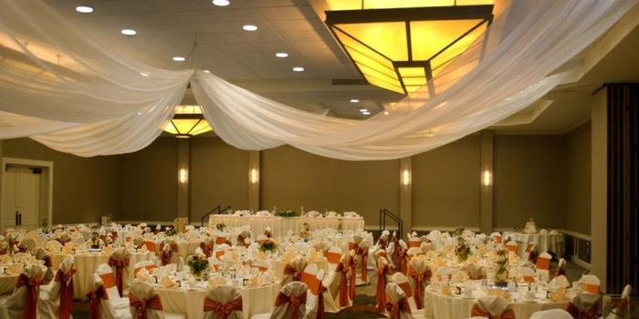 Doubletree by Hilton Pittsburgh - Green Tree wedding venue picture 6 of 7 - Doubletree by Hilton Pittsburgh - Green Tree
