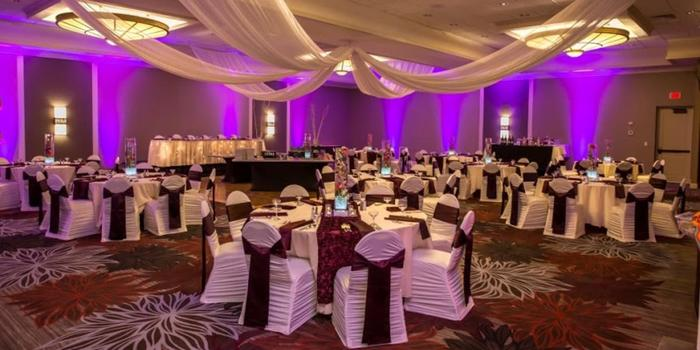 Doubletree by Hilton Pittsburgh - Green Tree wedding venue picture 1 of 7 - Doubletree by Hilton Pittsburgh - Green Tree