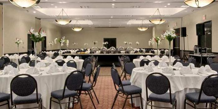 Hilton Cincinnati Airport wedding Lexington