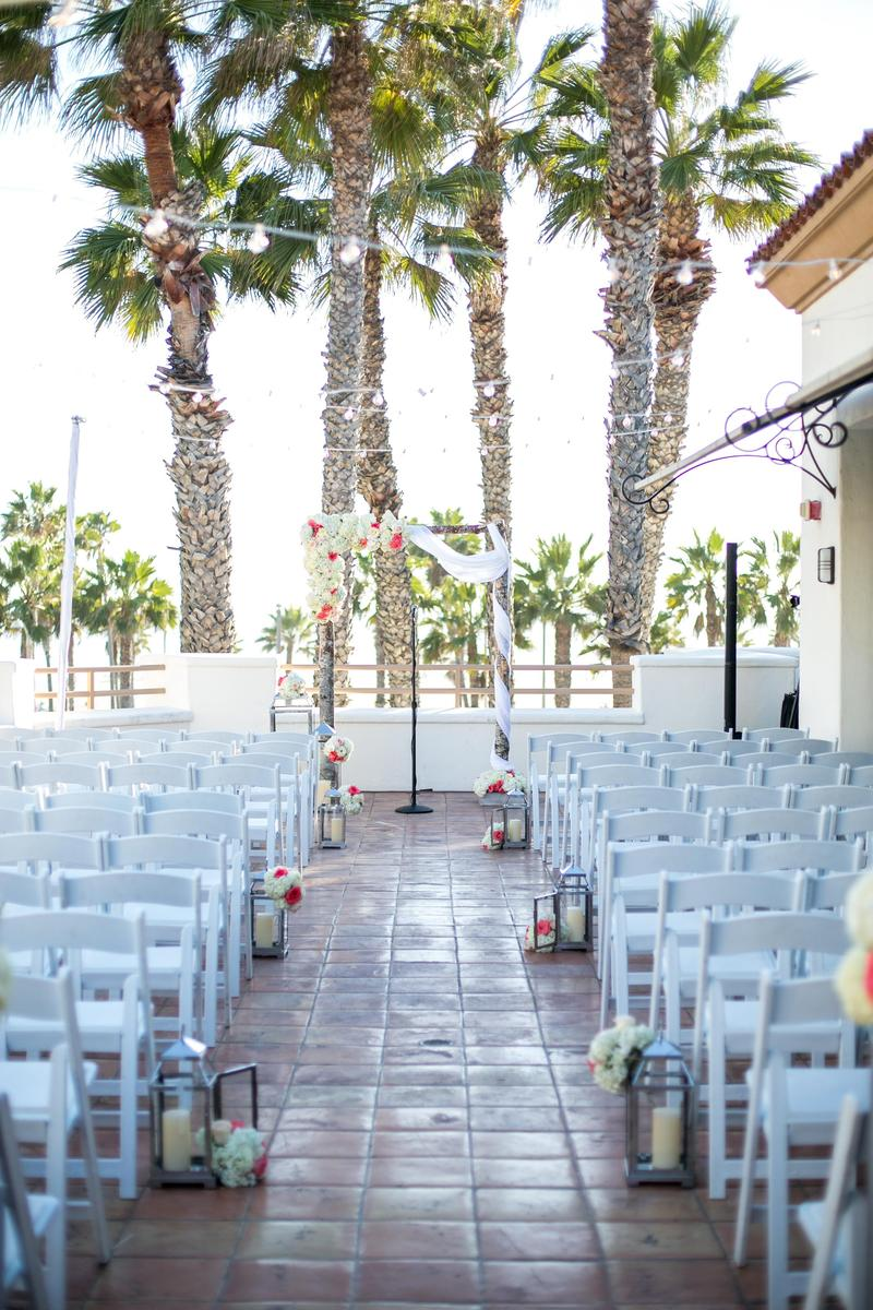 Beach Weddings At Hilton Waterfront Resort Huntington Price This Venue Wedding Venues Information And Pricing Spot