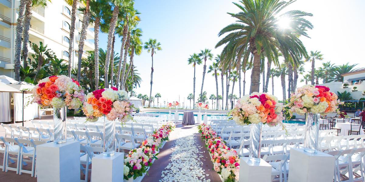 The Waterfront Beach Resort, A Hilton Hotel Weddings