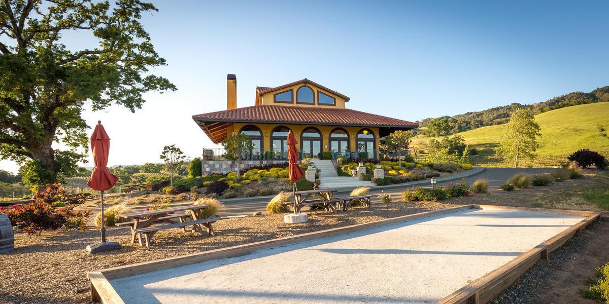 Hanna Winery And Vineyards A Milestone Property Weddings
