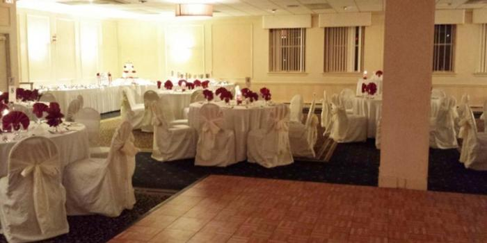 Quality Inn And Suites West Chester Weddings Get Prices For