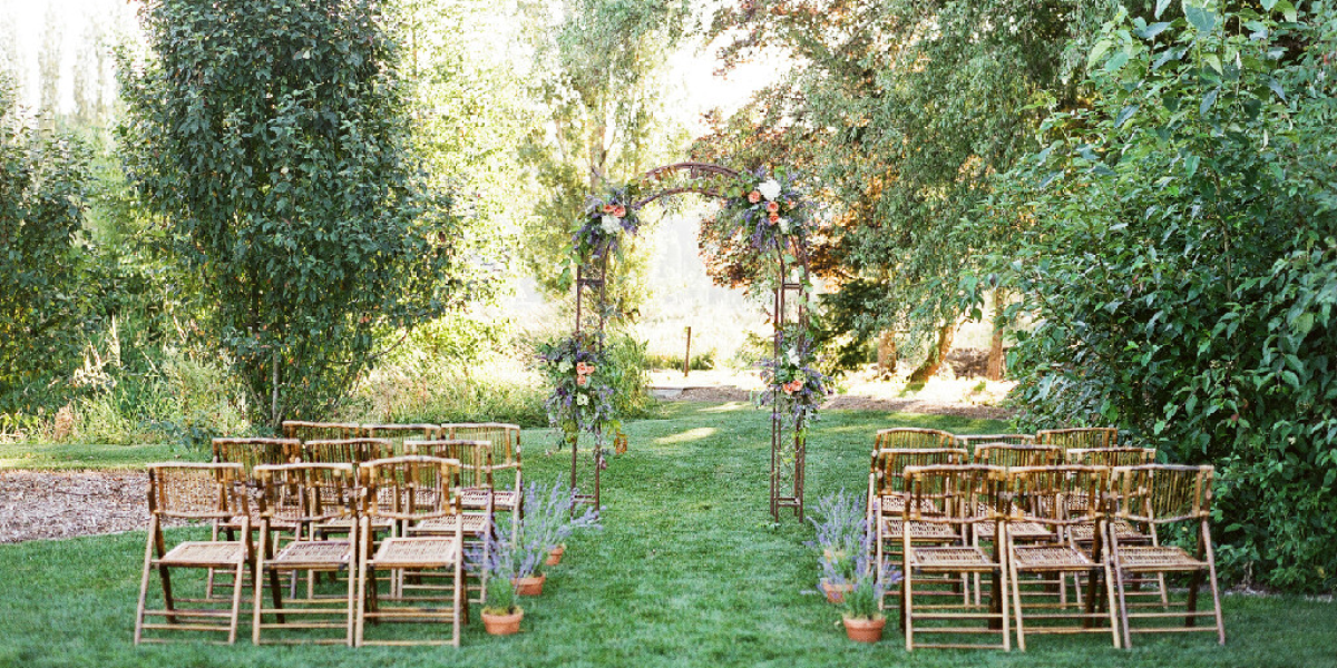 Outdoor Wedding Venues Washington State: Woodinville Lavender Weddings