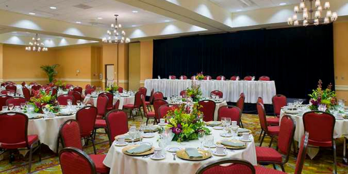 Hilton Sacramento Arden West Weddings