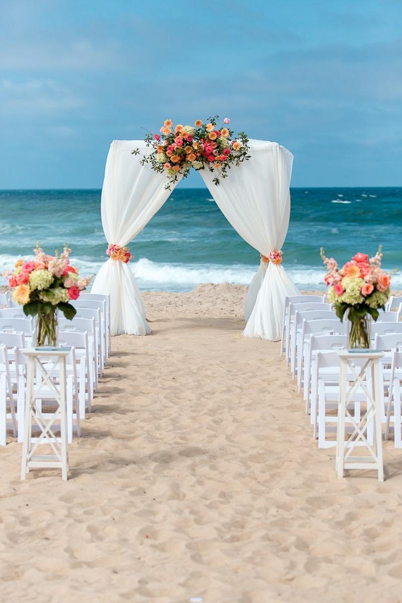 Ramada Virginia Beach Oceanfront Weddings | Get Prices for ...