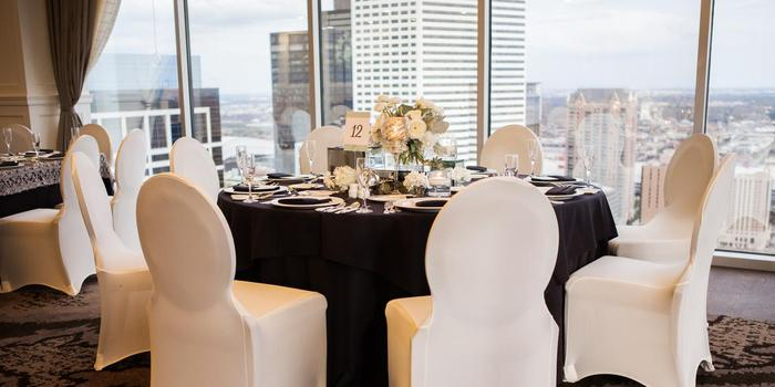 Petroleum Club of Houston wedding venue picture 2 of 8 - Photo by: Akil Bennett Photography