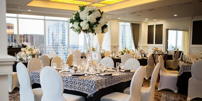 Petroleum Club of Houston wedding venue picture 1 of 8 - Photo by: Akil Bennett Photography
