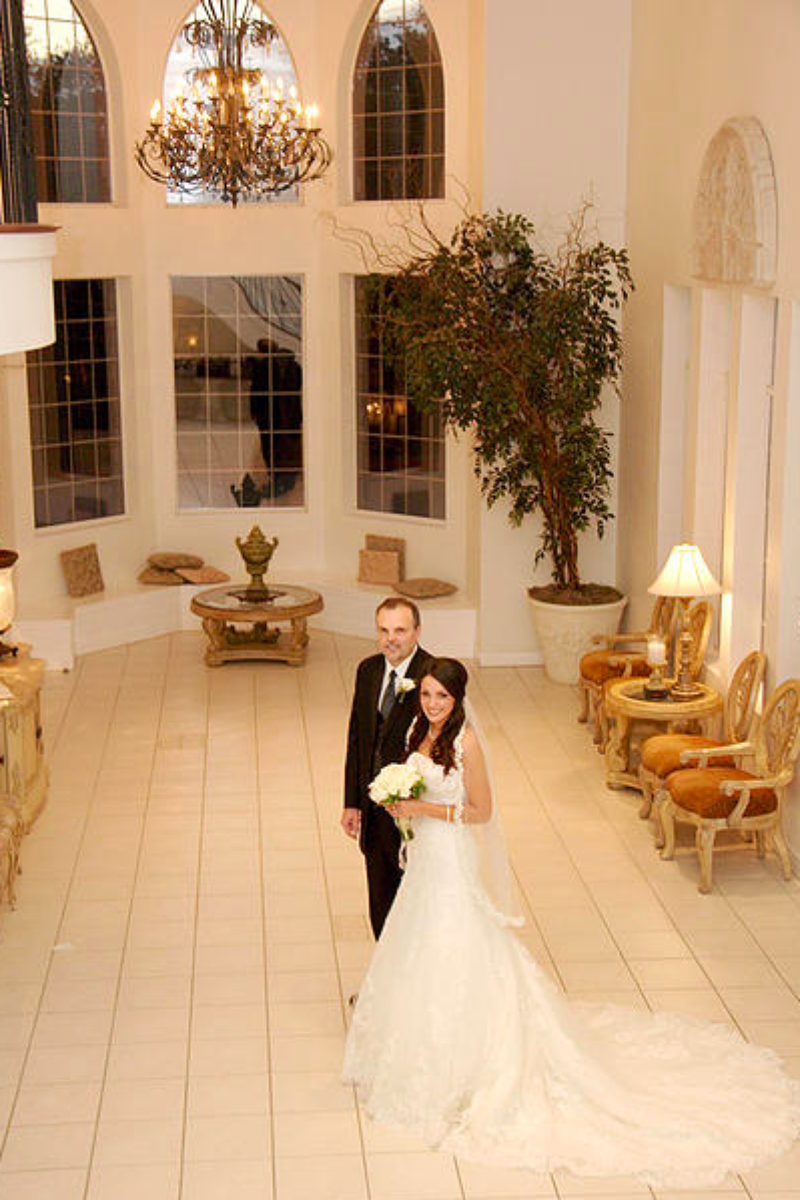 Green Oaks Wedding Chapel Weddings | Get Prices for ...