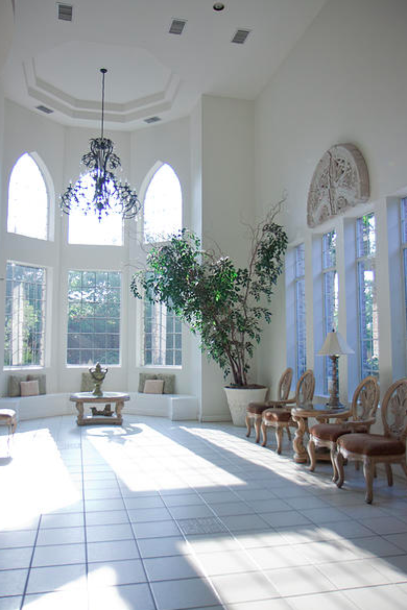 Green oaks wedding chapel weddings get prices for for What is wedding venue