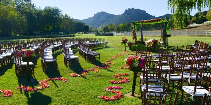 Garden Setting at Saddlerock Ranch wedding venue picture 3 of 16 - Photo by: Armen Asadorian Photography