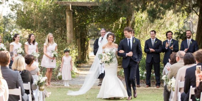 Airlie Gardens wedding venue picture 2 of 16 - Photo by: Theo Milo Photography