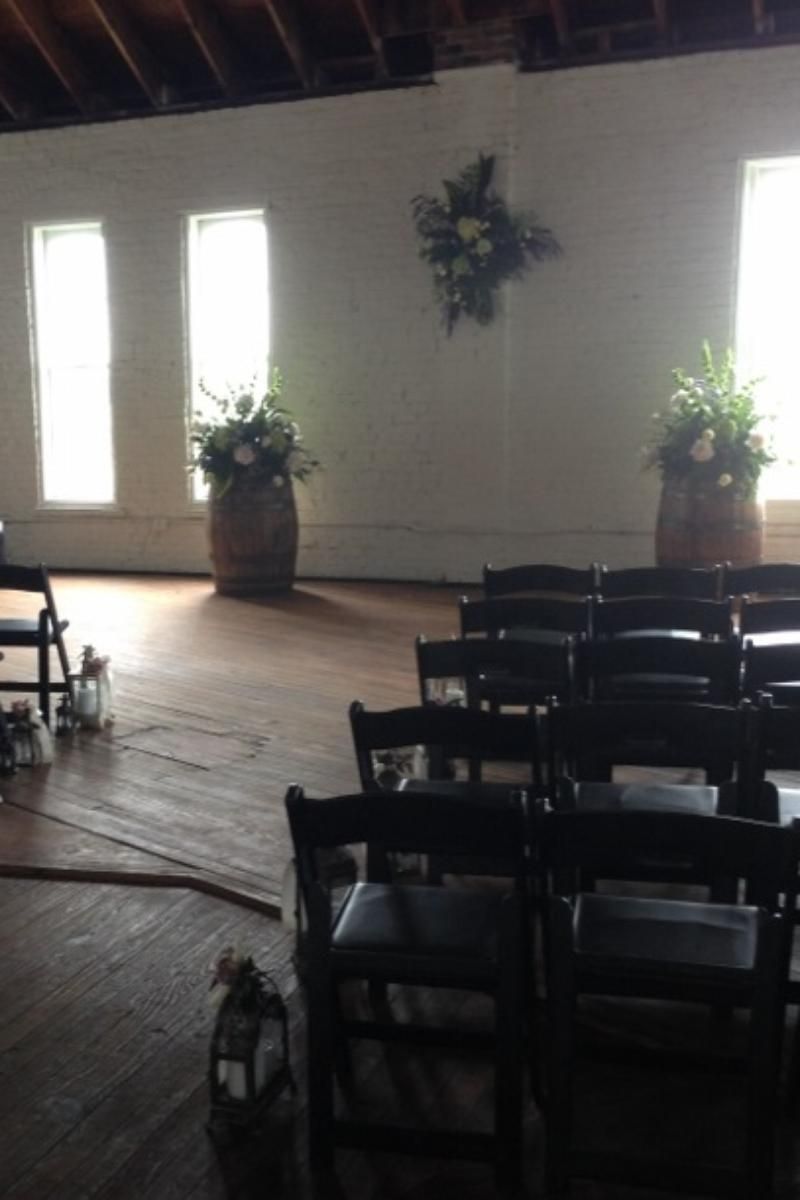 Round Barn Stable of Memories wedding venue picture 12 of 14 - Provided by: Round Barn Stable of Memories