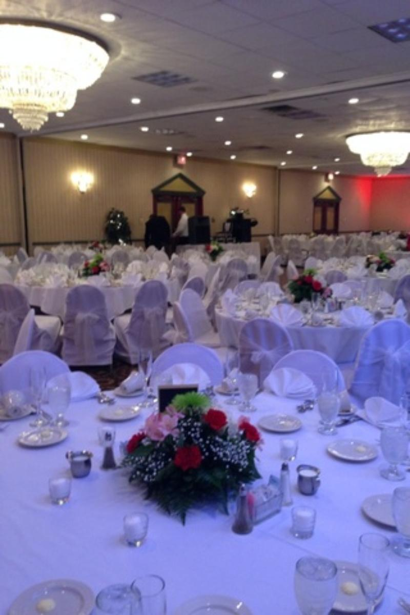 Seasons Reception Center at Comfort Inn, Pittsburgh wedding venue picture 8 of 8 - Provided by:Seasons Reception Center at Comfort Inn, Pittsburgh