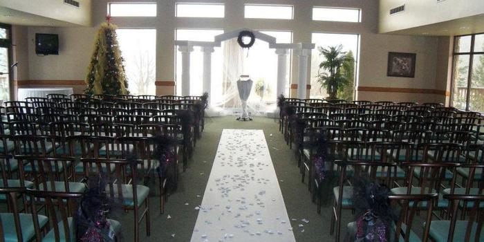 Lapeer Country Club wedding venue picture 2 of 11 - Provided by: Lapeer Country Club