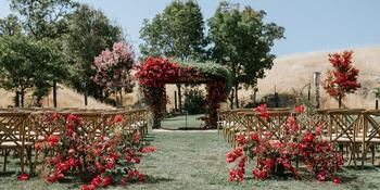 Red Barn Ranch weddings in Hopland CA