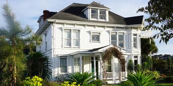 Weller House Inn weddings in Fort Bragg CA