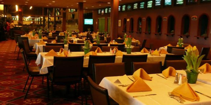 Turfway Park wedding venue picture 6 of 8 - Provided by:  Turfway Park
