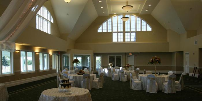 Boulder Pointe Golf Club and Banquet Center wedding venue picture 5 of 16 - Provided by: Boulder Pointe Golf Club and Banquet Center