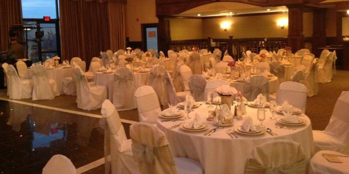 Rochester Hills Banquet Hall wedding venue picture 2 of 8 - Provided by:  ConCorde Inn Forestre