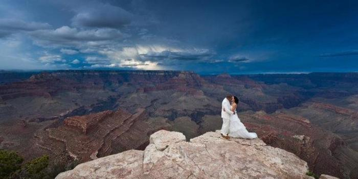 Grand Canyon Helicopters wedding venue picture 3 of 7 - Photo by: Jared Platt Photography