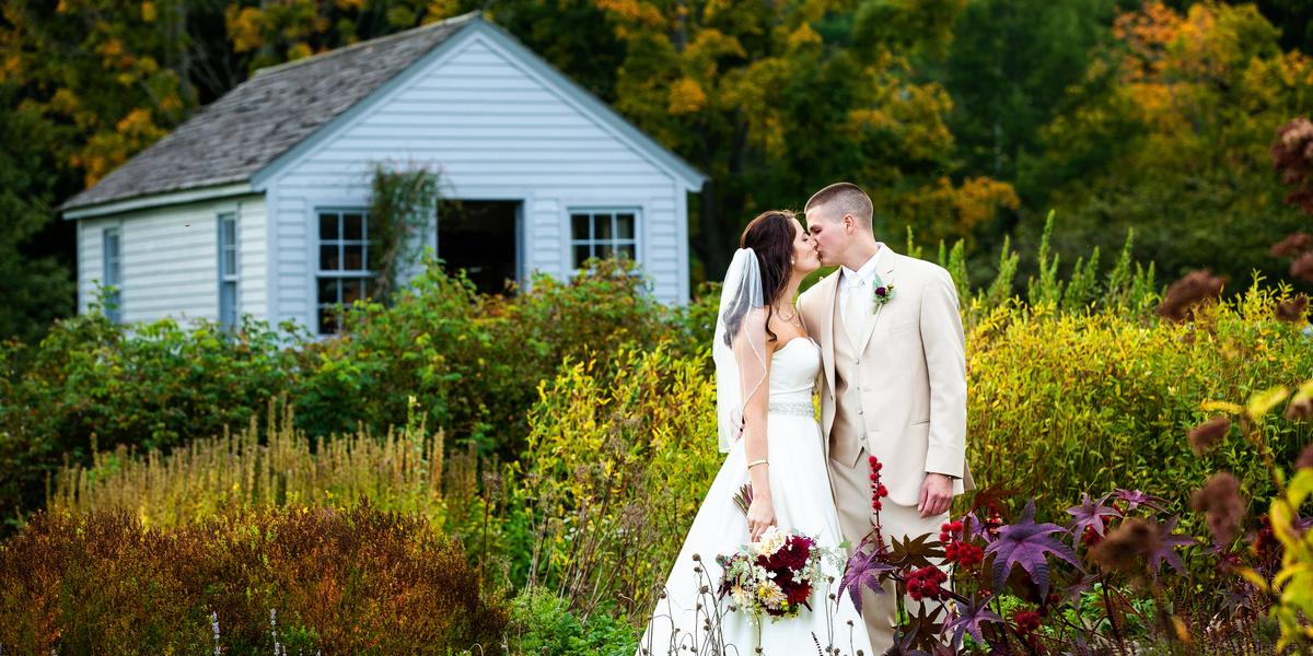 Hancock shaker village weddings get prices for wedding for Outdoor wedding venues ma