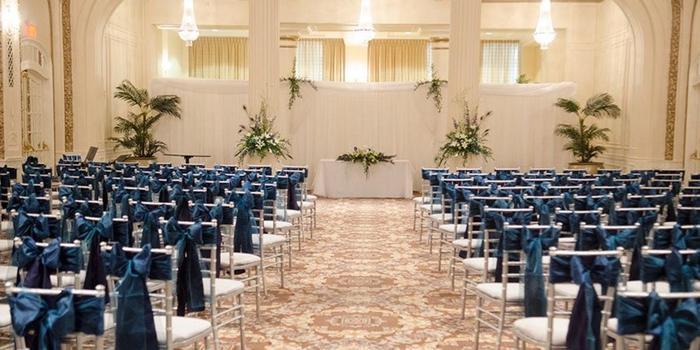 Davenport Iowa Wedding Venues Hotel Blackhawk Weddings Get Prices For In Ia
